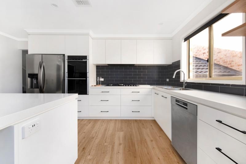 Vibrant-Kitchens